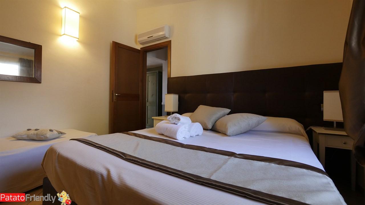 Villa Giada Resort Imperia - La nostra ampia camera da letto