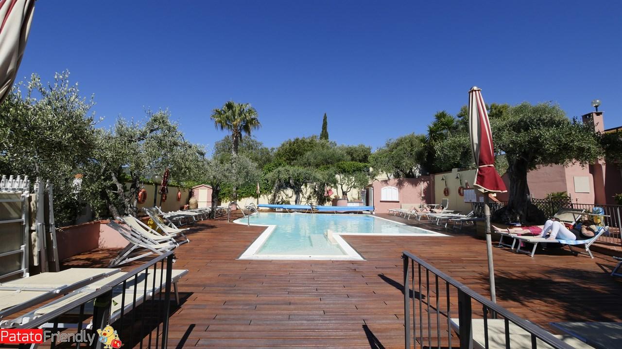 Villa Giada Resort Imperia - La nuova piscina a sfioro riscaldata