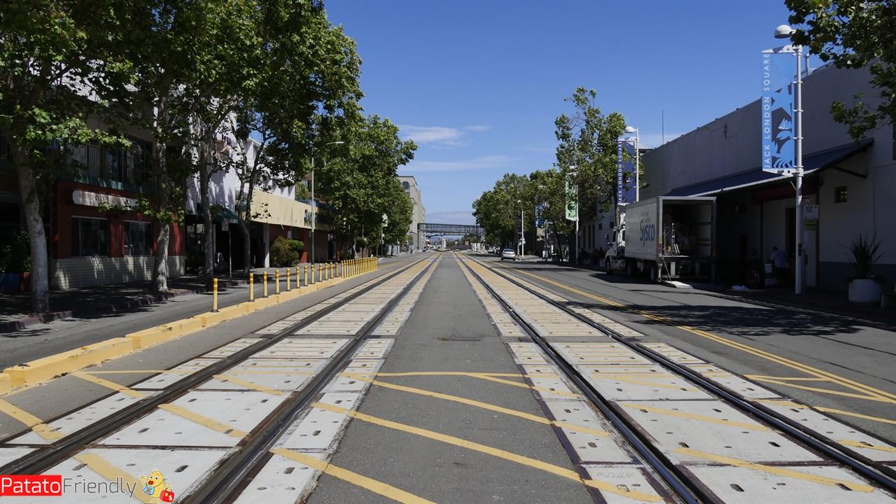 Vedere Oakland - la ferrovia