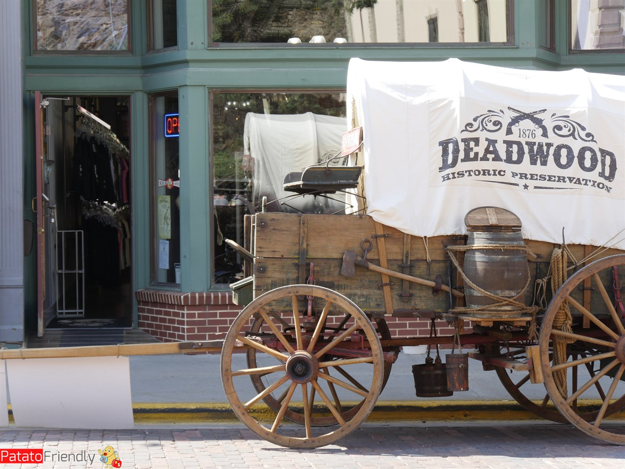 [cml_media_alt id='12103']Visitare Deadwood[/cml_media_alt]
