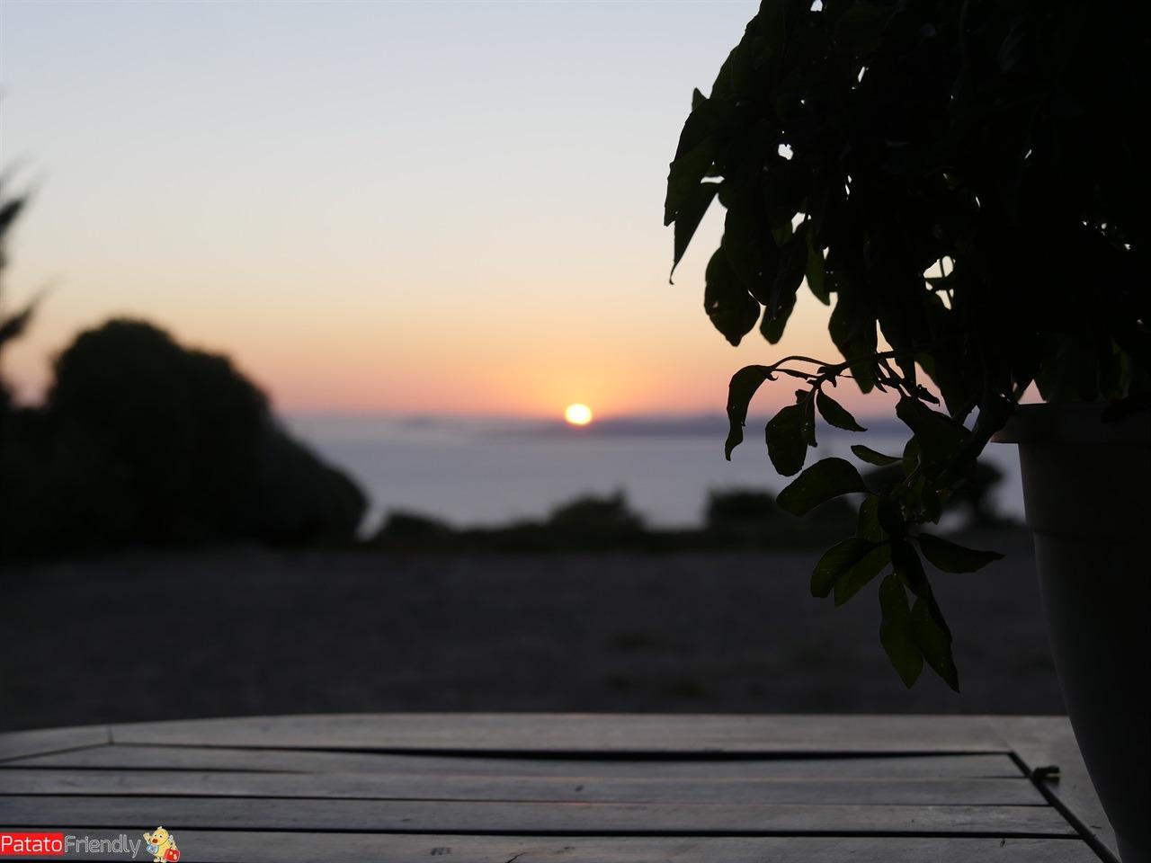 [cml_media_alt id='12235']Isola di Kea - Lo splendido tramonto dalla casa in cui abbiamo soggiornato[/cml_media_alt]