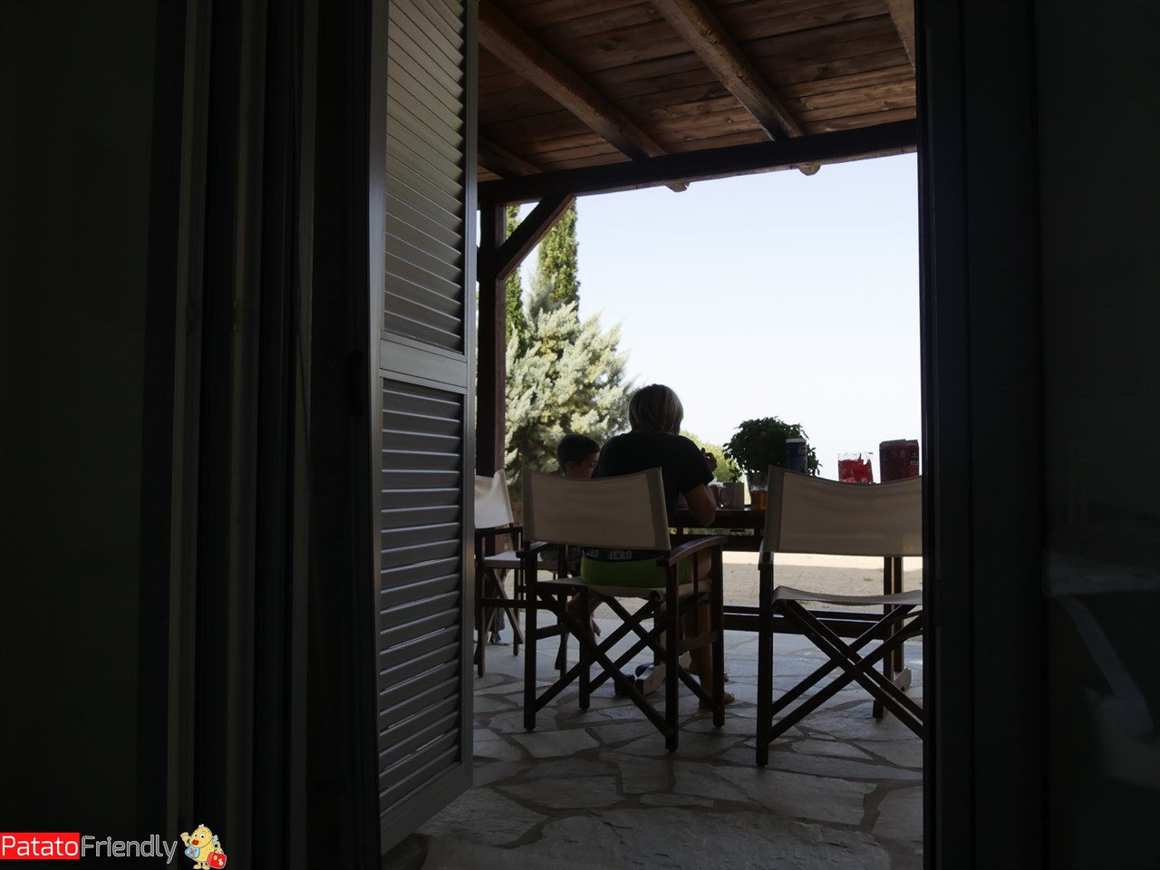 [cml_media_alt id='12310']La nostra casa a kea - il portico[/cml_media_alt]