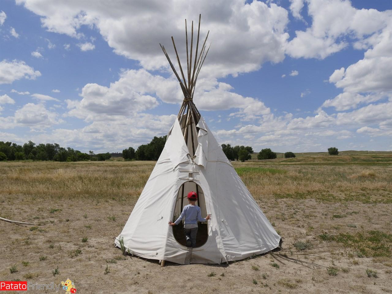 [cml_media_alt id='12426']L'accampamento all'ingresso di Fort Laramie[/cml_media_alt]