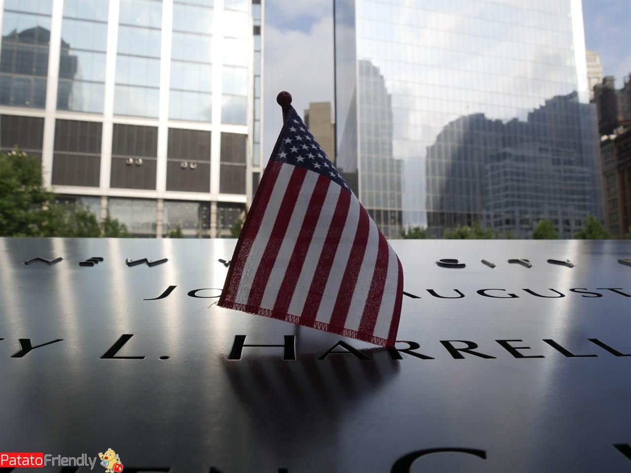 Bandiera americana al memoriale