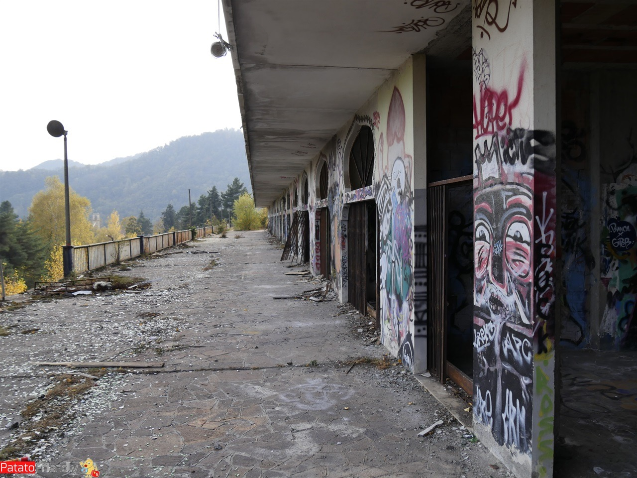 [cml_media_alt id='12752']Devastazione e street art a Consonno[/cml_media_alt]