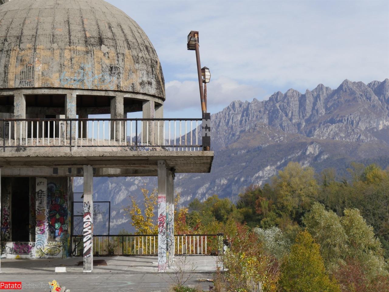 Una gita in Lombardia: Consonno, la città fantasma