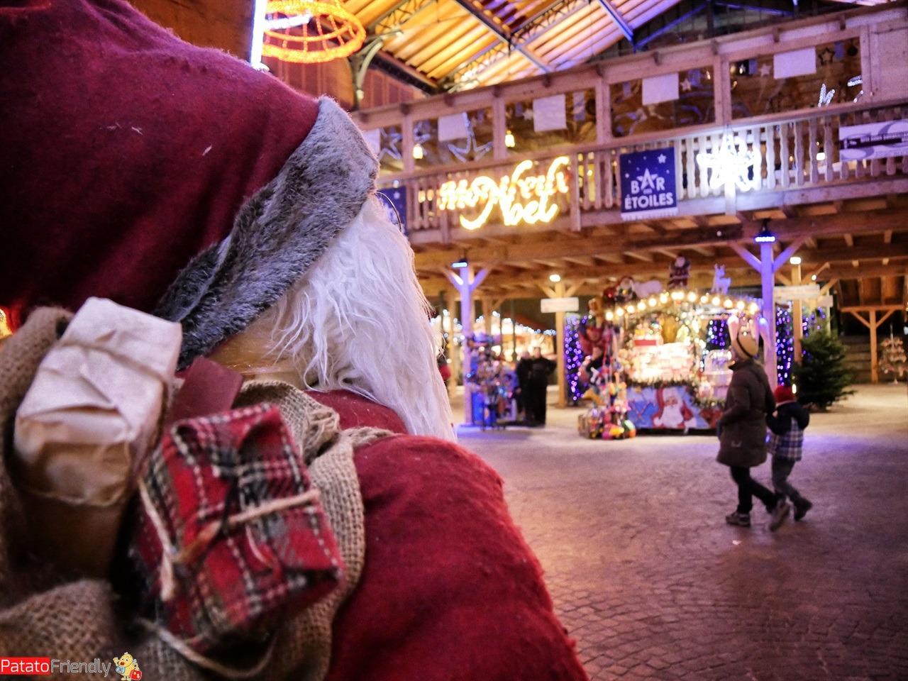 [cml_media_alt id='12965']Natale a Montreux coi bambini - Il Mercato con i bamnchetti di Natale[/cml_media_alt]