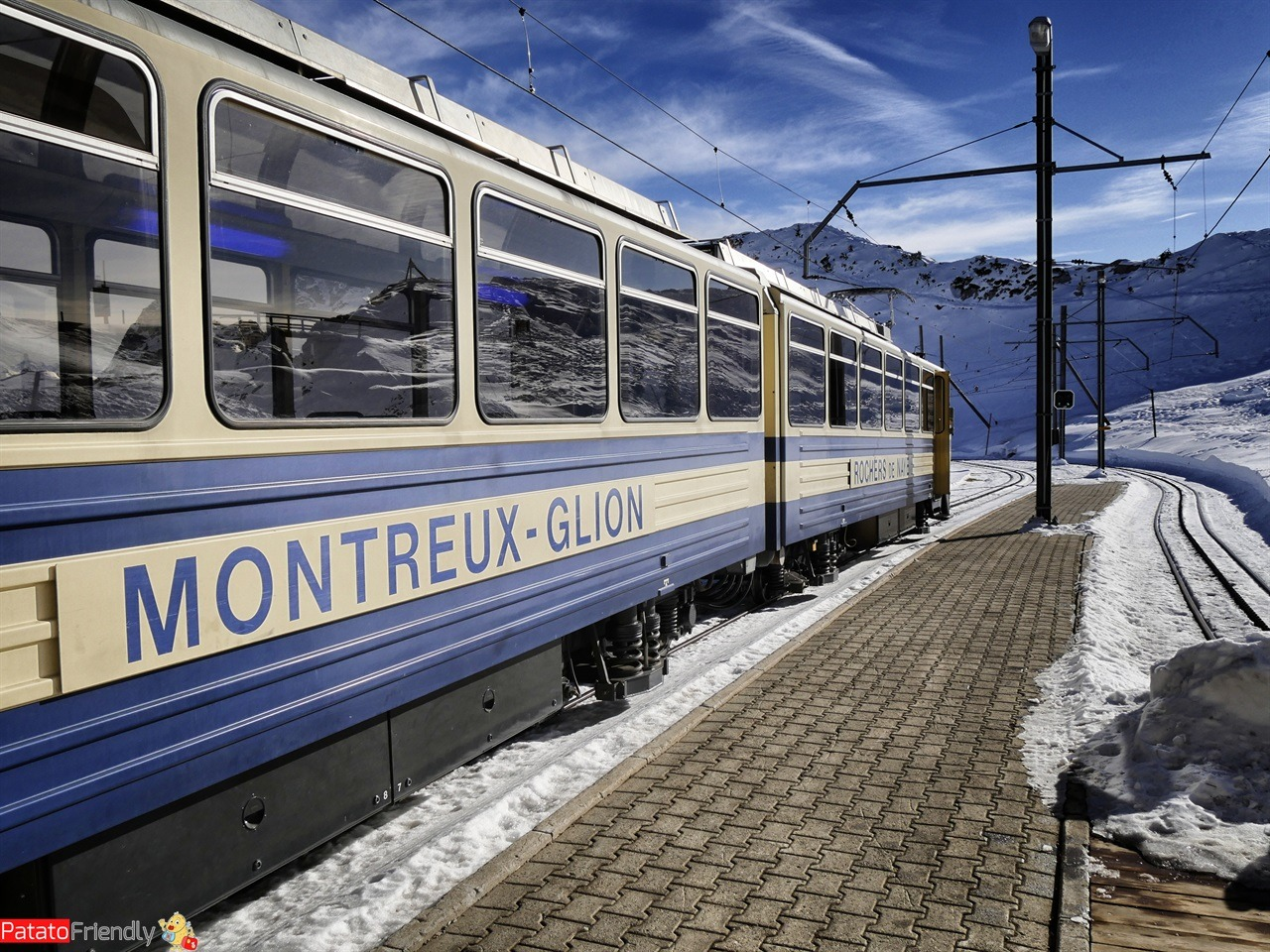 Natale a Montreux coi bambini - Il trenino che porta alla Casa di Babbo Natale