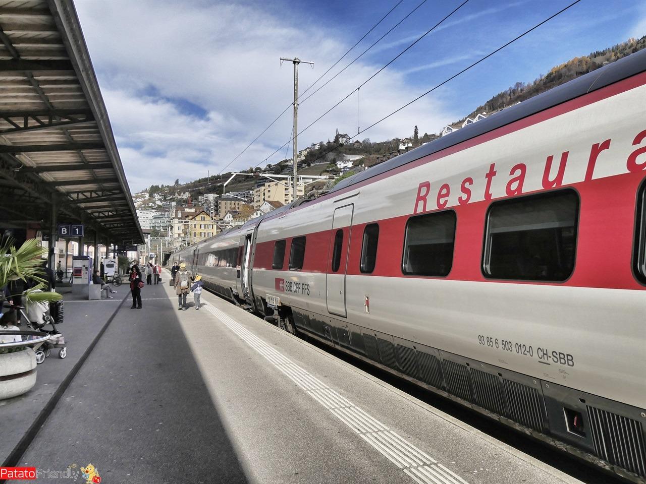 Natale a Montreux coi bambini - La stazione di Montreux