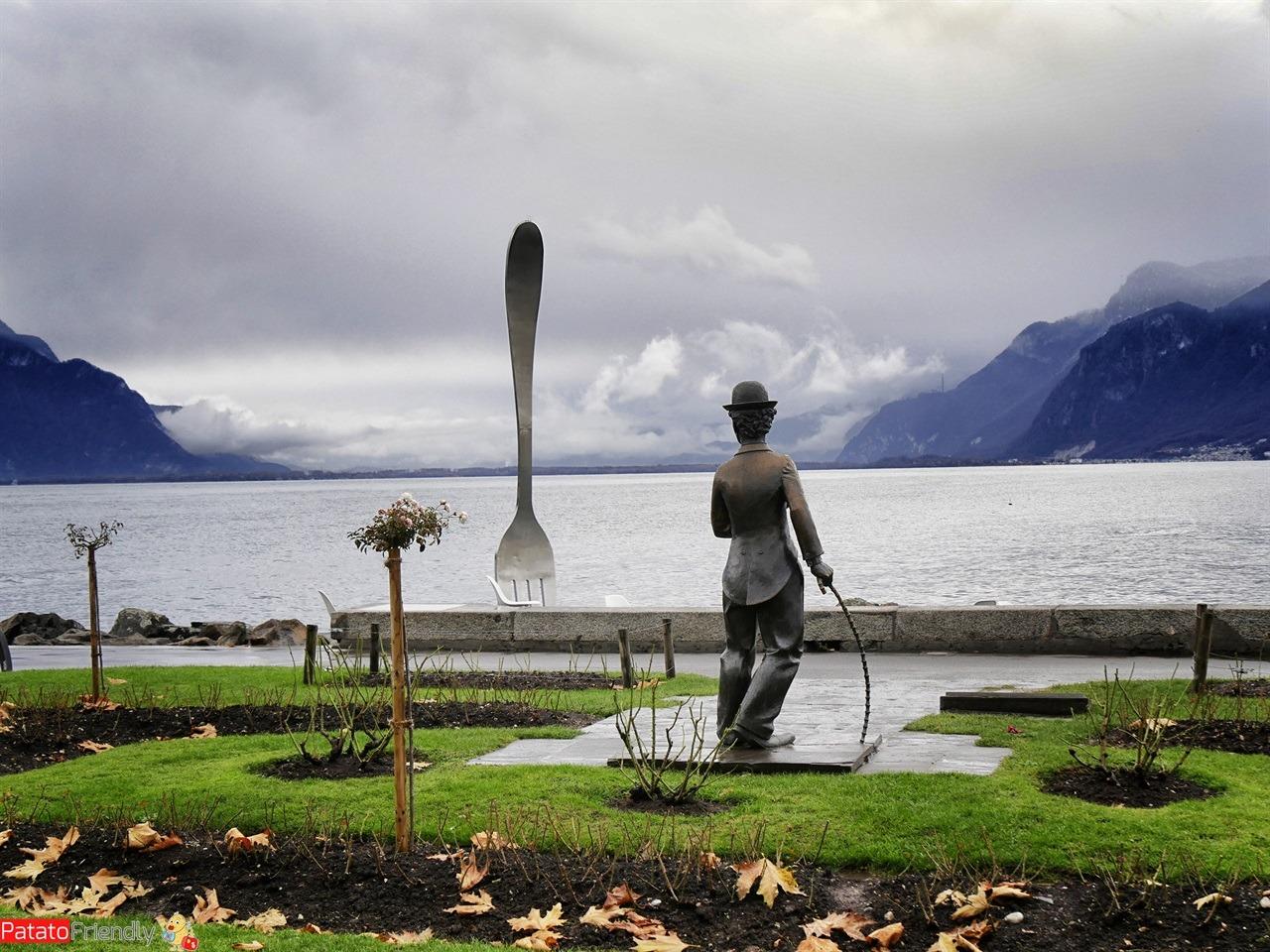 Natale a Montreux coi bambini - Vevey e la statua di Charlie Chaplin