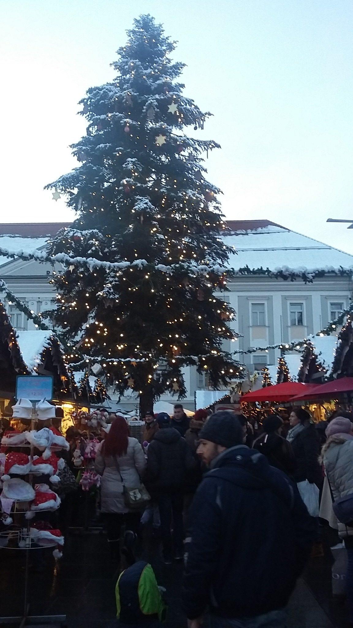 Albero di Natale Klagenfurt