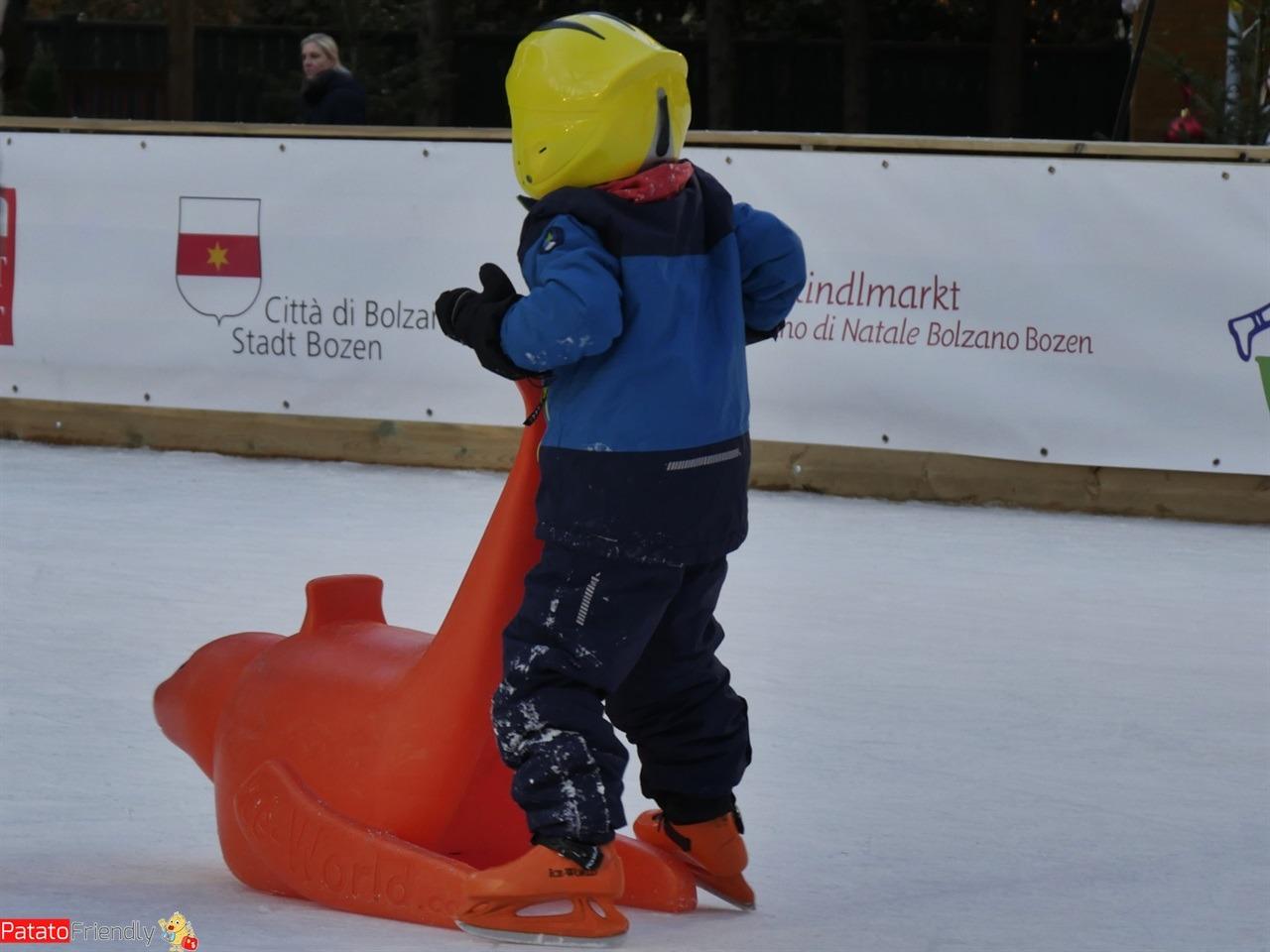 I Mercatini di Natale di Bolzano - La pista di pattinaggio
