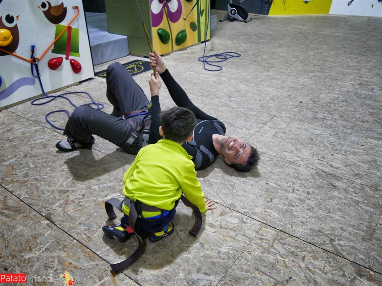 Prove di arrampicata coi bambini a Crans-Montana
