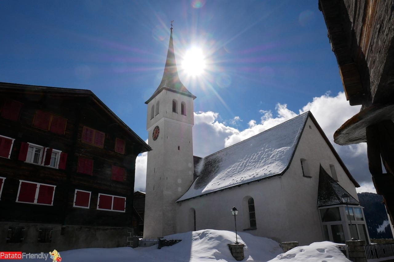 Bellwald il centro storico di questo villaggio del Vallese in Svizzera