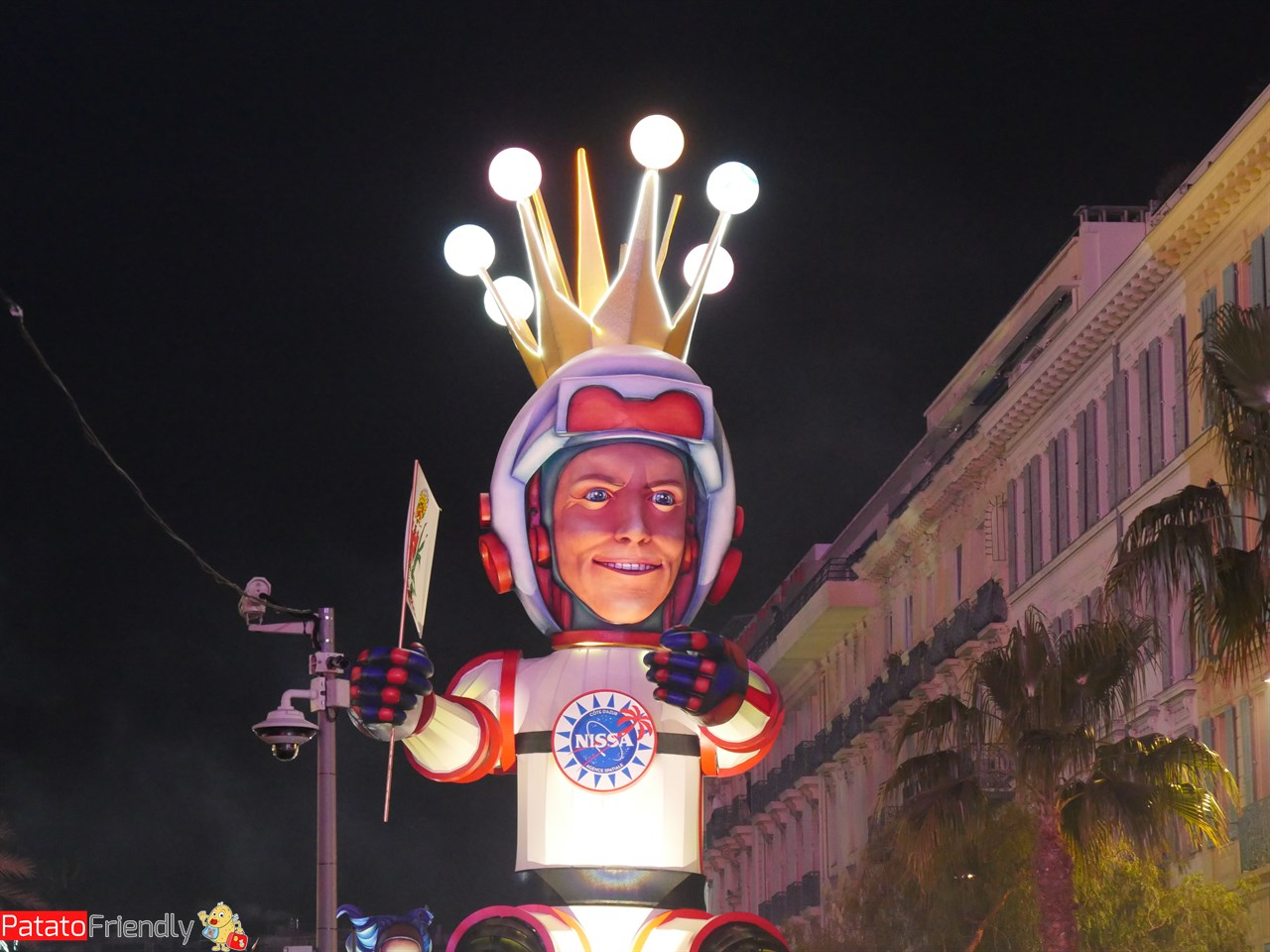 [cml_media_alt id='13601']Carnevale di Nizza per bambini- la parata serale[/cml_media_alt]