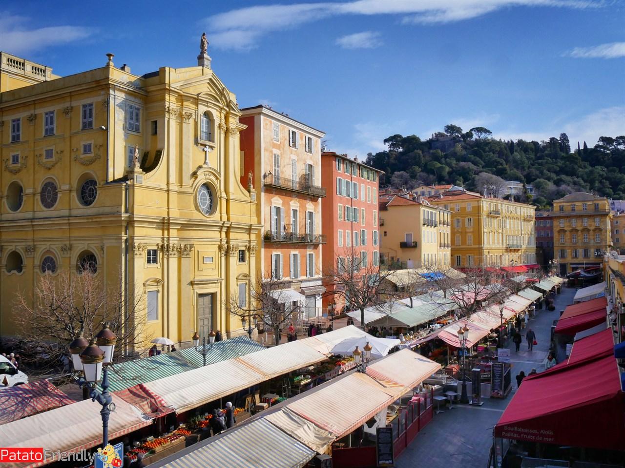 [cml_media_alt id='13670']Le colorate case di Nizza[/cml_media_alt]