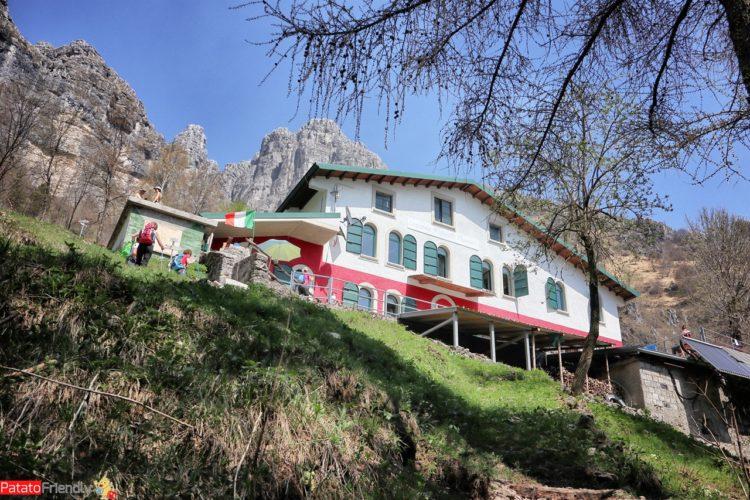 Trekking in Lombardia - Da Erve a Capanna Monza (6)