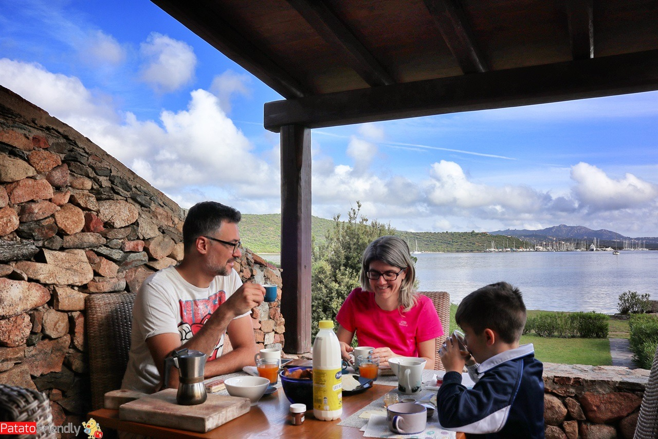 [cml_media_alt id='14289']Colazione nella nostra casa vacanze in Sardegna[/cml_media_alt]