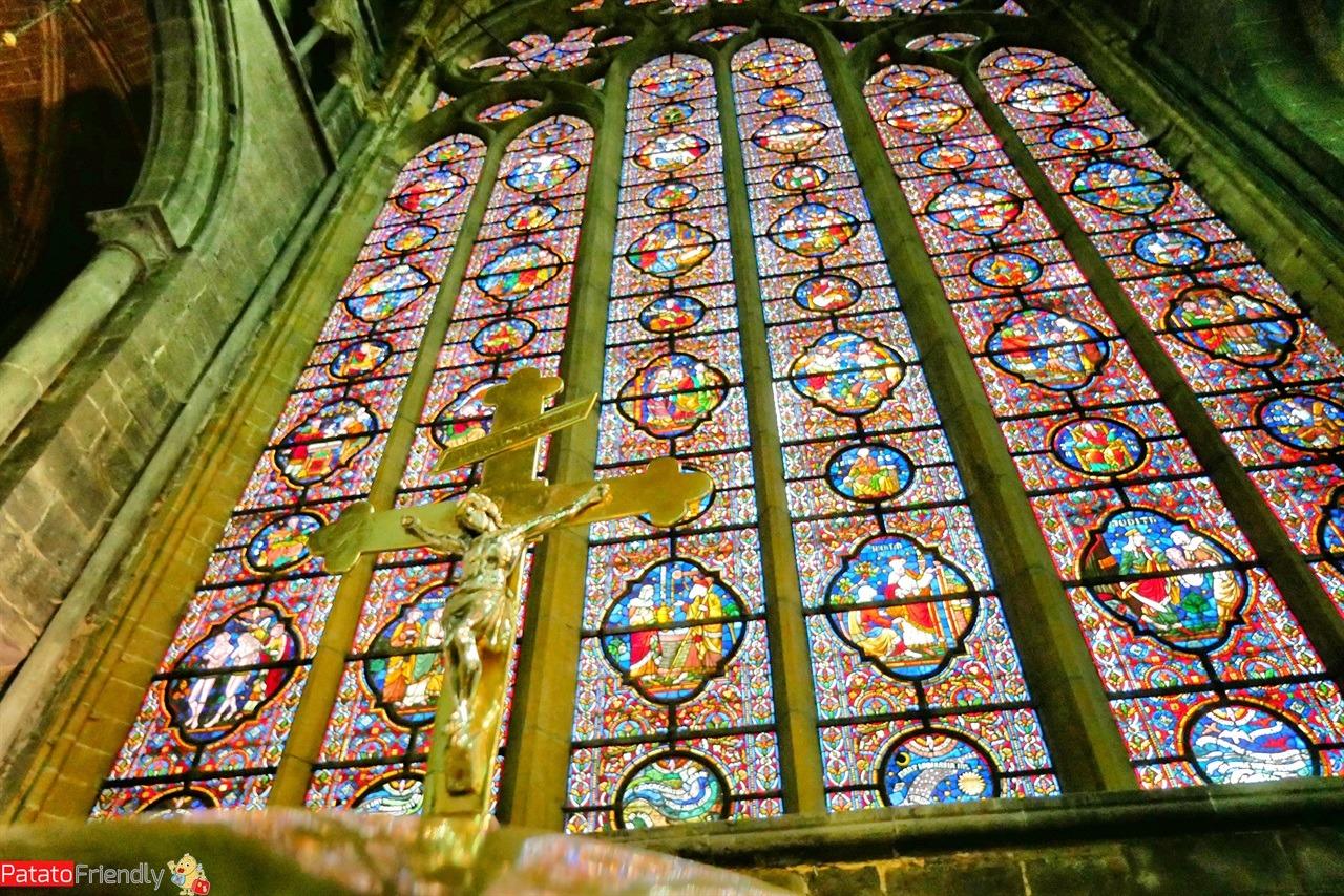 [cml_media_alt id='14378']La cattedrale di Dinant - Vallonia[/cml_media_alt]
