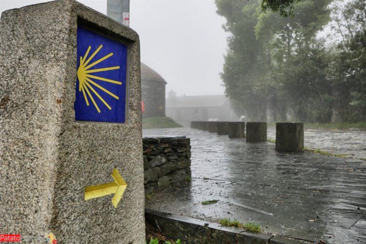 Gli ultimi 100 chilometri del Cammino Francese sotto la pioggia