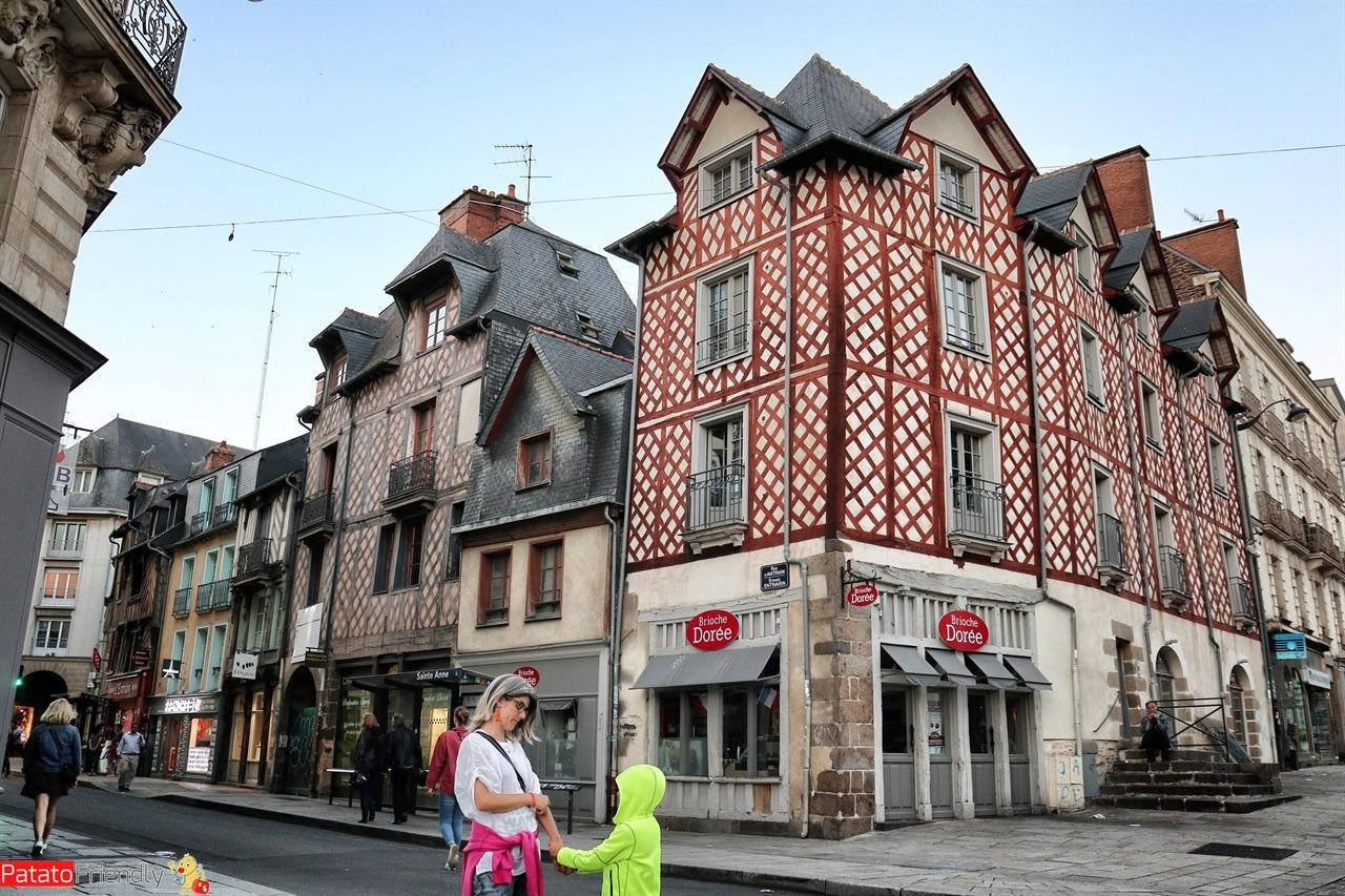 [cml_media_alt id='14869']Rennes - un giorno - Bretagna[/cml_media_alt]