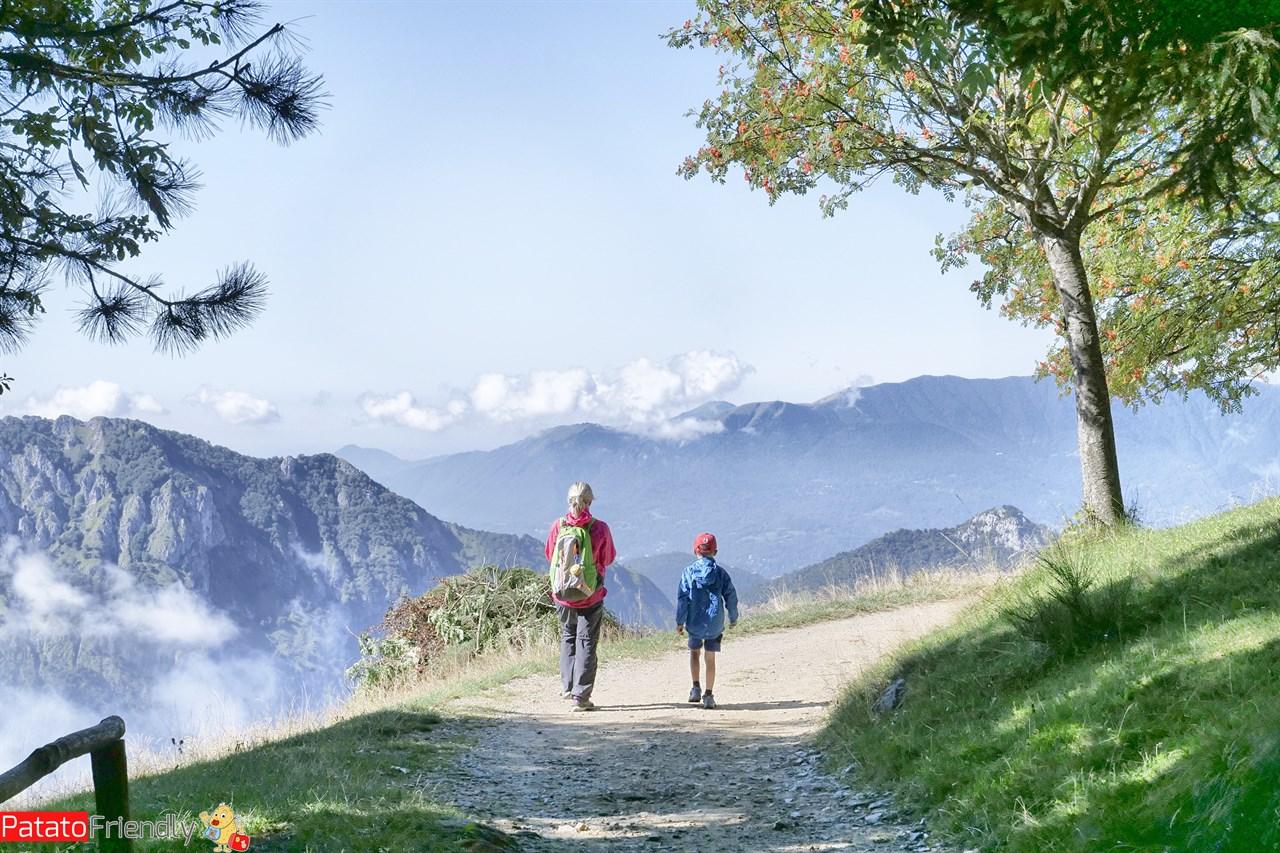 Anello Monte Muggio - Alpe Giumello - Valsassina - Monte Croce di Muggio coi bambini
