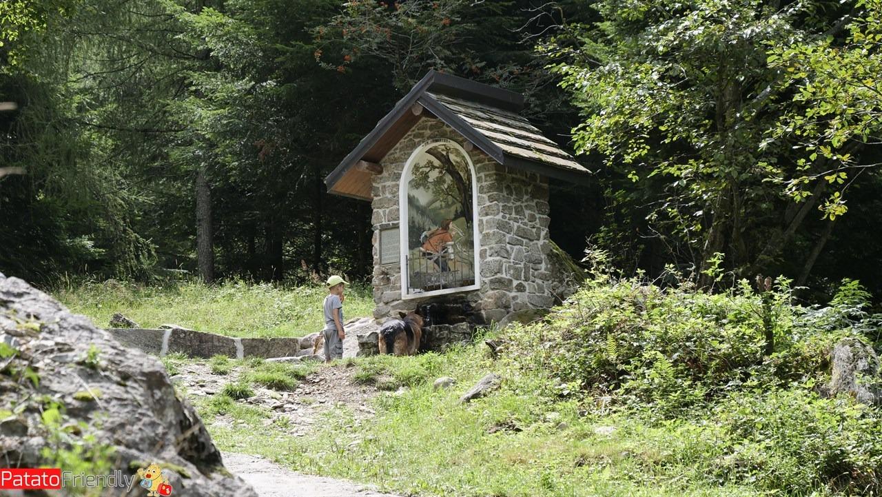 [cml_media_alt id='15199']Cappelle votive nella Valle dei Forni di Premana - Valsassina - Lombardia trekking coi bambini[/cml_media_alt]