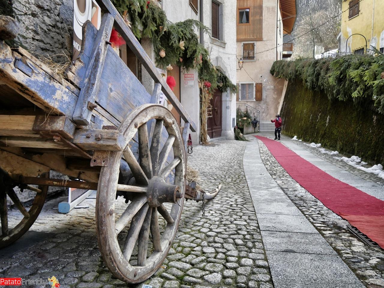[cml_media_alt id='15854']Mercatini natalizi di Cimego - Natale in Trentino[/cml_media_alt]