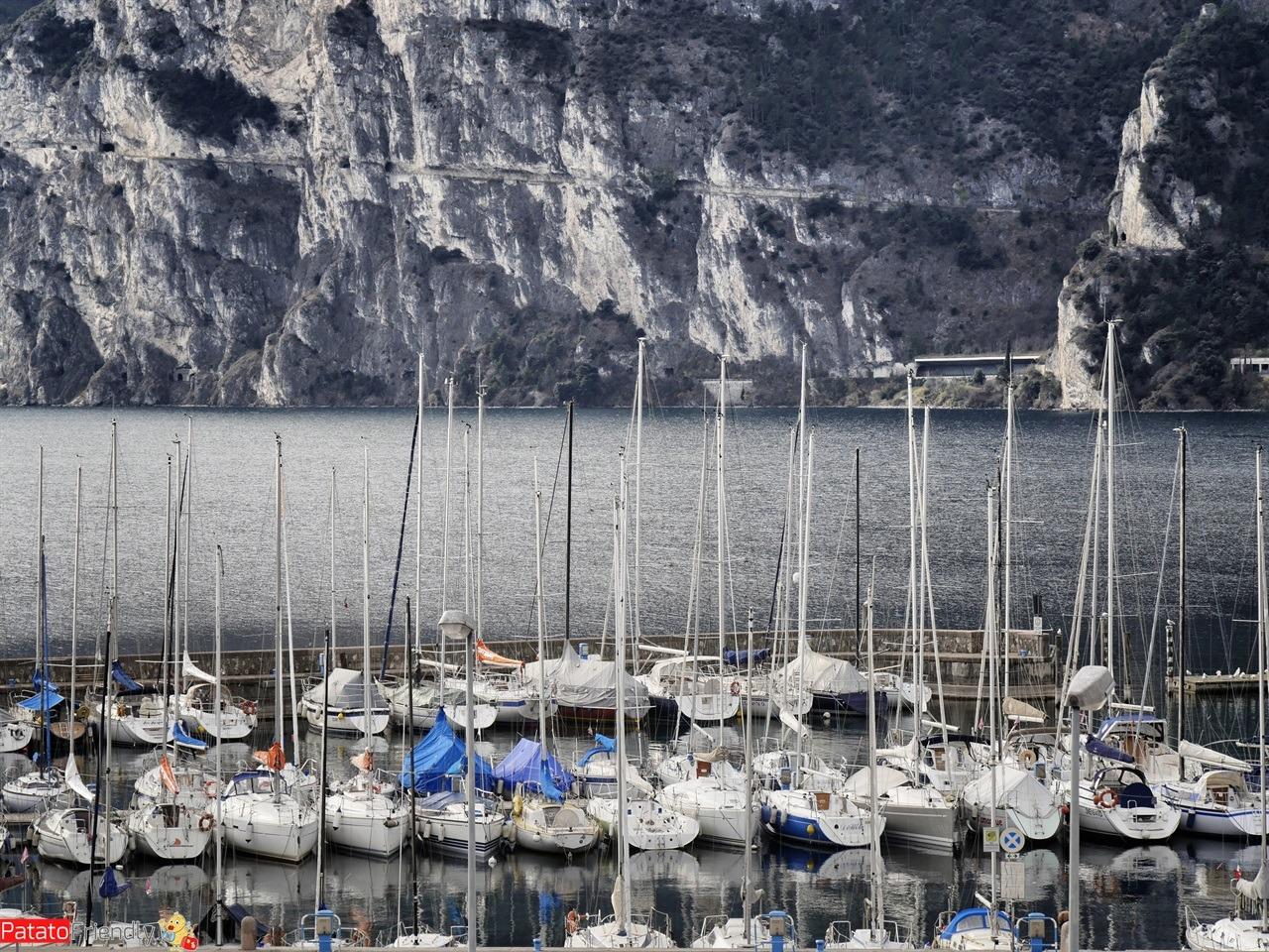 [cml_media_alt id='16152']Weekend all'Accademia degli Elfi - Il panorama dal nostro hotel a Riva - Centro Vela Riva del Garda - La vista dall'hotel [/cml_media_alt]