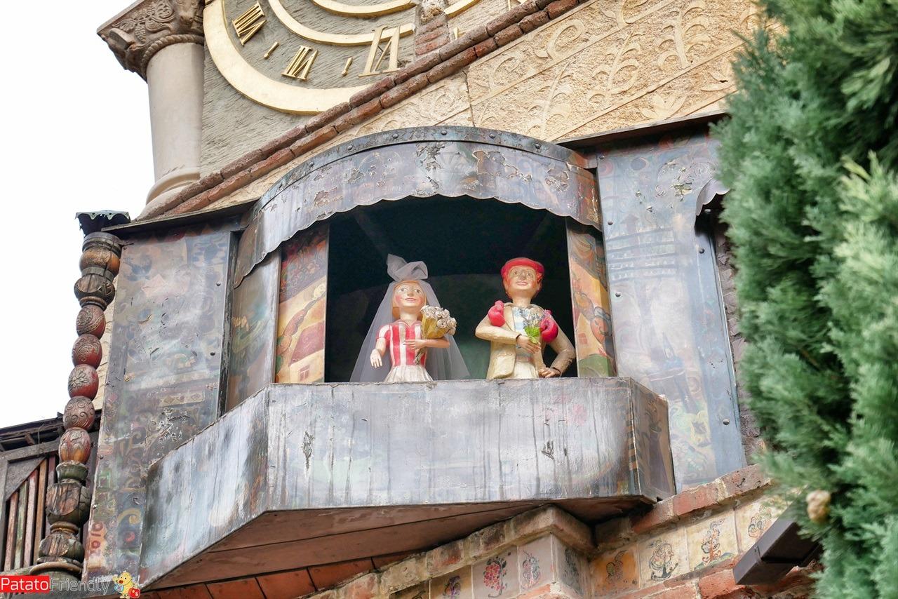 [cml_media_alt id='16536']Le marionette della torre dell'orologio di Tbilisi[/cml_media_alt]