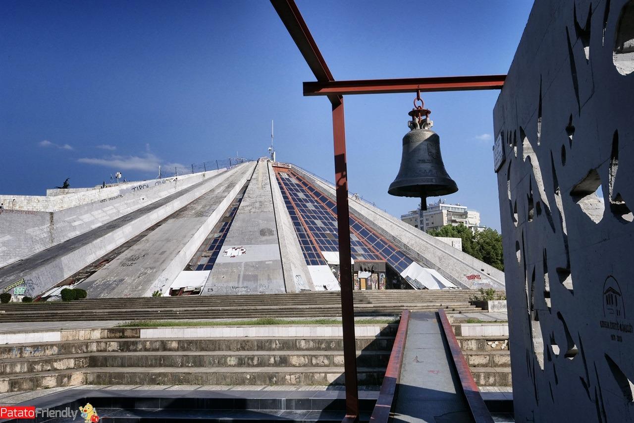La piramide di Tirana in Albania