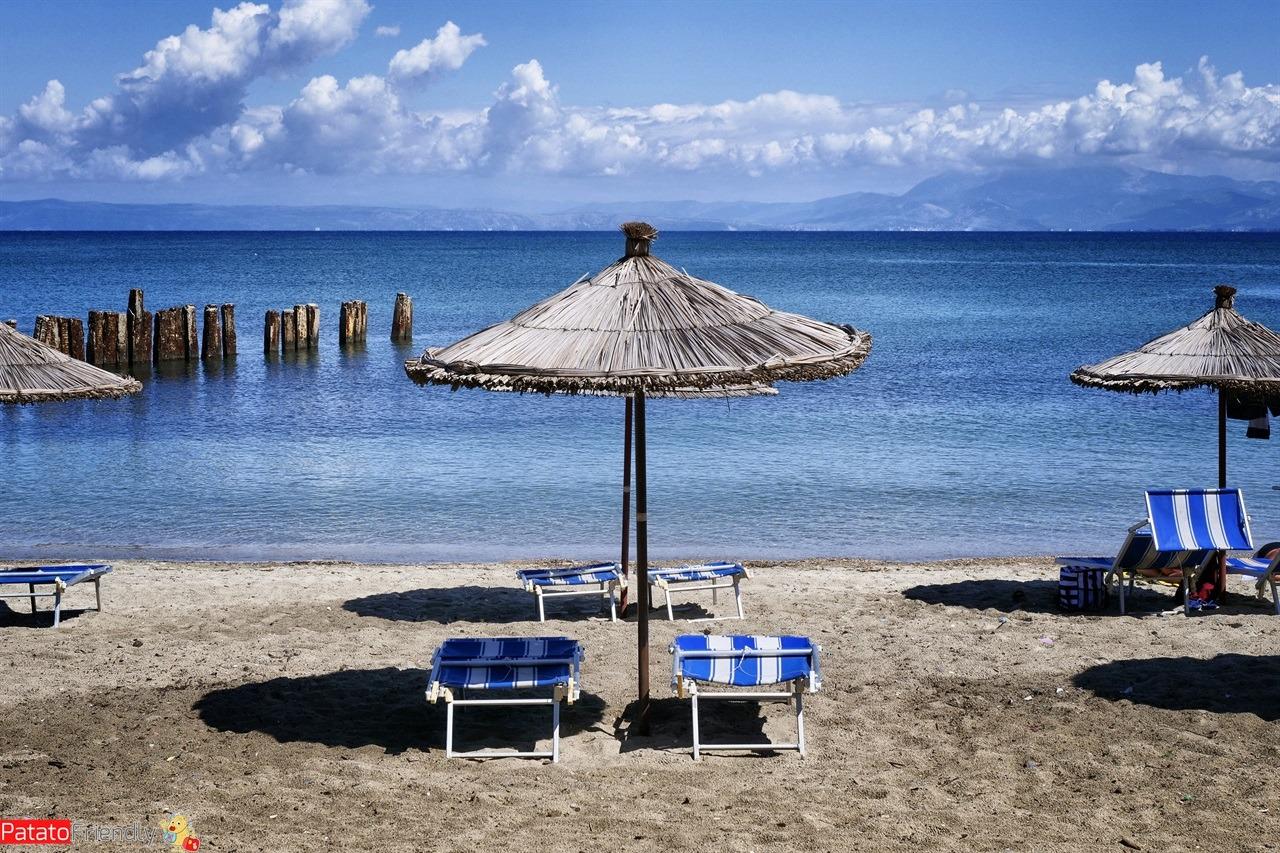 Libri sull'Albania da leggere sotto l'ombrellone - il mare in Albania a nord - Capo Rodonit