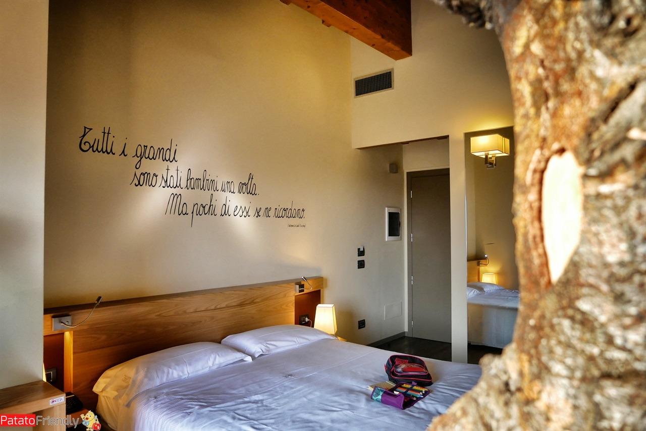 la suite dell'Harmony Suite Hotel a Selvino