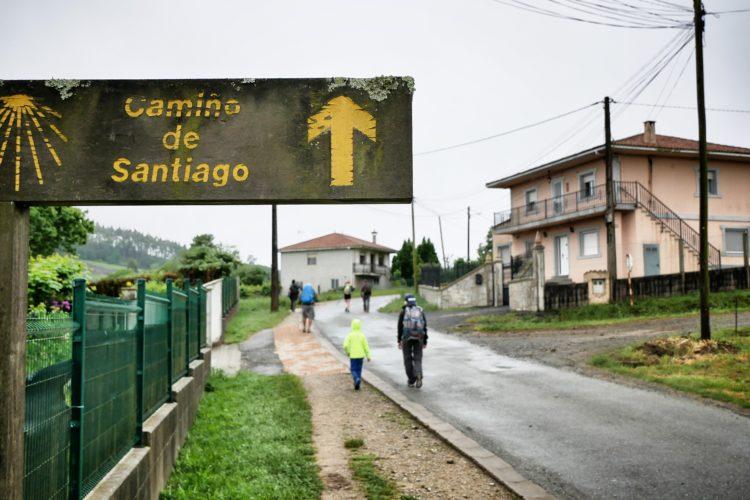 Cosa mettere nello zaino per il Cammino di Santiago - guida al primo cammino di Santiago